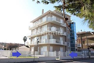 Appartamento per 4-5 persone in PRIMA FILA MARE Ascoli Piceno