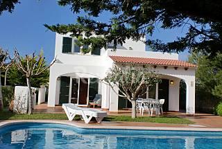 Villa de 3 habitaciones a menos de 100 mts del mar Menorca