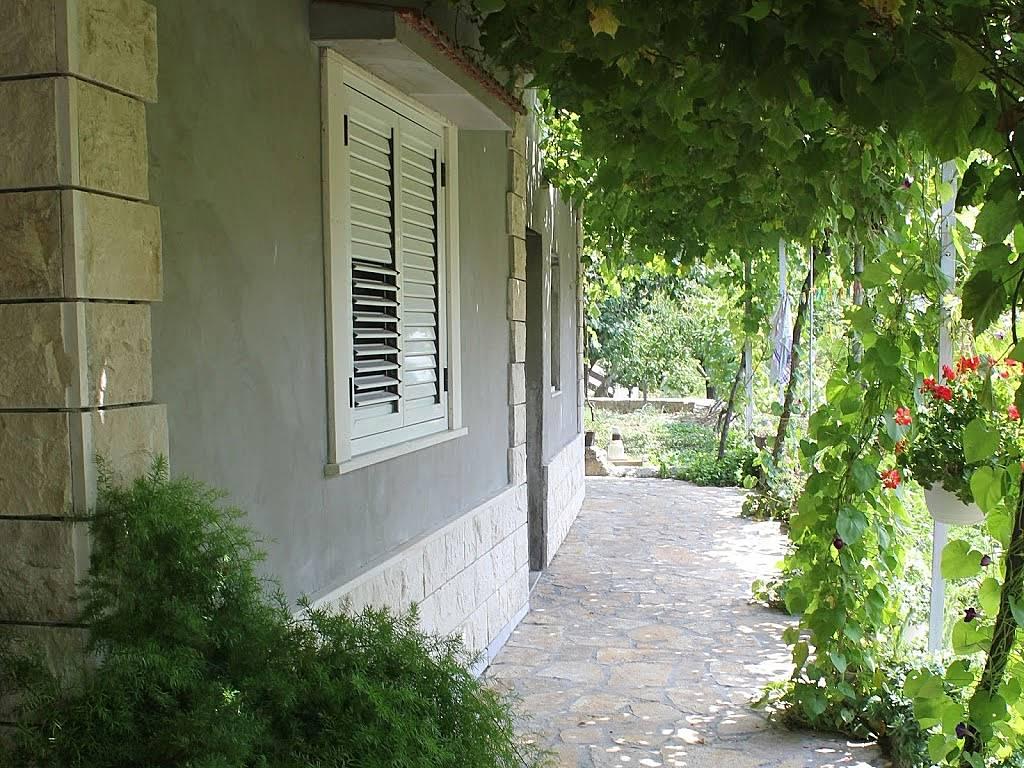 Wohnung zur miete in omi gata omi split dalmatien for Suche wohnung zur miete