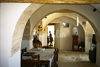 Trulli for rent in Martina Franca for 7 persons Taranto