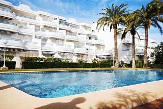 Apartment with 2 bedrooms only 50 meters from the beach Alicante