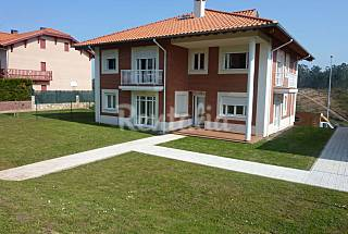 House with 7 apartments only 900 meters from the beach Cantabria