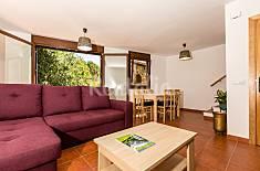Apartment for 6 people in La Pobleta de Bellvei Lerida
