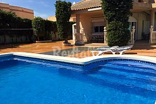 Villa for 7 people only 120 meters from the beach Murcia