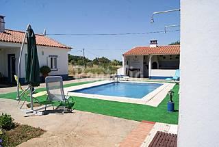 Casa para alugar com piscina Beja