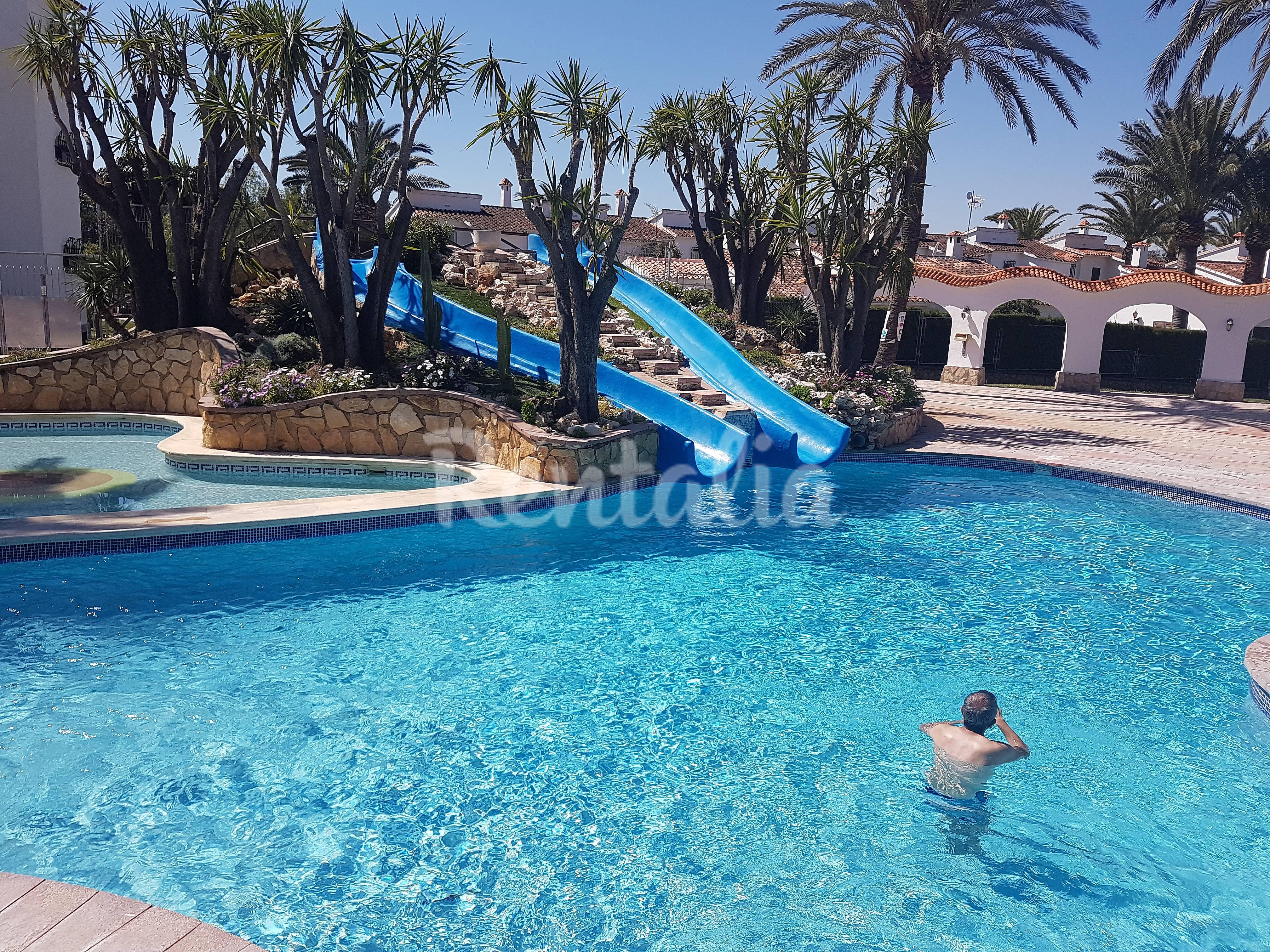 Apartamento en el palmar piscinas y playa marines d nia for Piscina alicante