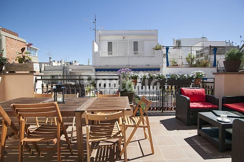 Tico d plex con terraza vistas al mar y wifi sitges barcelona ruta del vino del pened s - Atico terraza barcelona ...