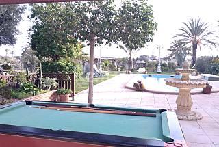 Casa de 5 habitaciones a 800 m de la playa, cerca  Alicante