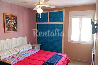 Apartment with 2 bedrooms on the beach front line Almería