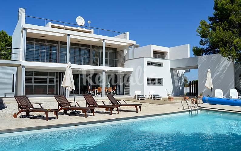 Casa de 4 habitaciones san andres golf chiclana de la for Muebles la toskana chiclana