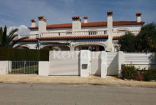 House for 6-8 people only 350 meters from the beach Tarragona