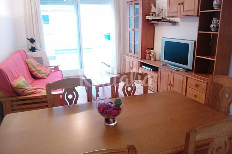 Apartamento de 3 habitaciones a 100 m de la playa for Registro bienes muebles castellon