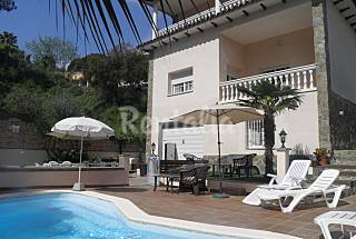 Villa for 9-12 people 3 km from the beach Girona