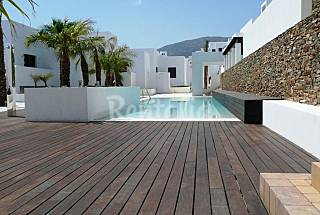Apartment with 2 bedrooms only 150 meters from the beach Almería