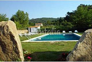 Farm house with private pool in quiet location Viana do Castelo
