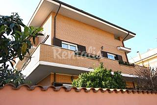 Apartment for 2-4 people 1,2 km from the beach Rome