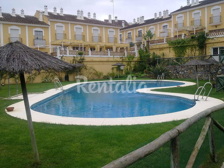 Casa para 4 personas a 800 m de la playa islantilla lepe - Rentalia islantilla ...