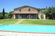Apartment for 12 people in Tuscany Siena