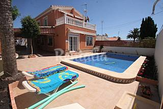 Villa  with 3 bedrooms  700 meters from the beach Alicante