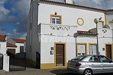 Casa com 3 quartos a 400 m da praia Beja