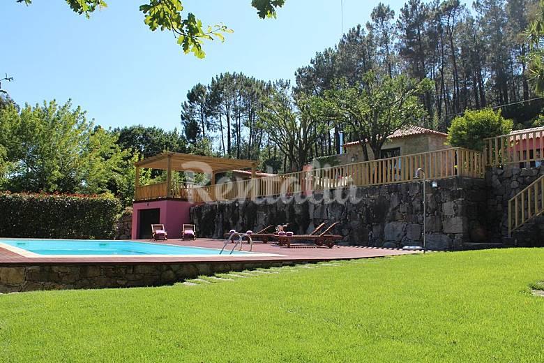 Casa en alquiler con piscina formariz paredes de coura for Alquiler casa con piscina agosto