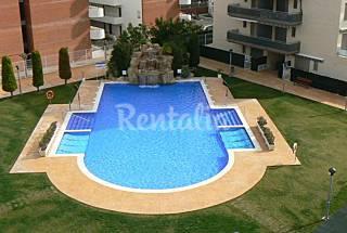 Apartamento de 2 habitaciones, piscina, A/A y pkg Tarragona