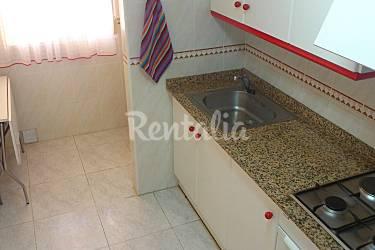 Apartamento de 2 habitaciones en 1 l nea de playa for Cocinas castellon precios