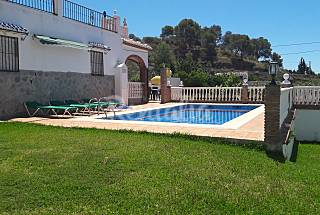 Villa for 4-5 people only 1000 meters from the beach Málaga