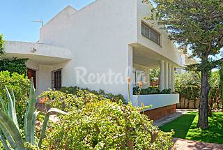 Wonderful Villa 4 Bd 500 meters to the beach Tarragona