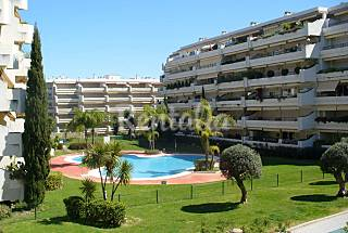Apartment for 13 people in a golf course Málaga