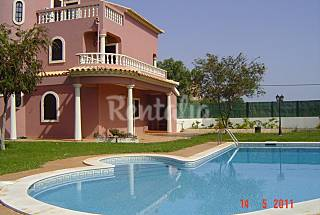 Vivenda para alugar a 5 km da praia Algarve-Faro
