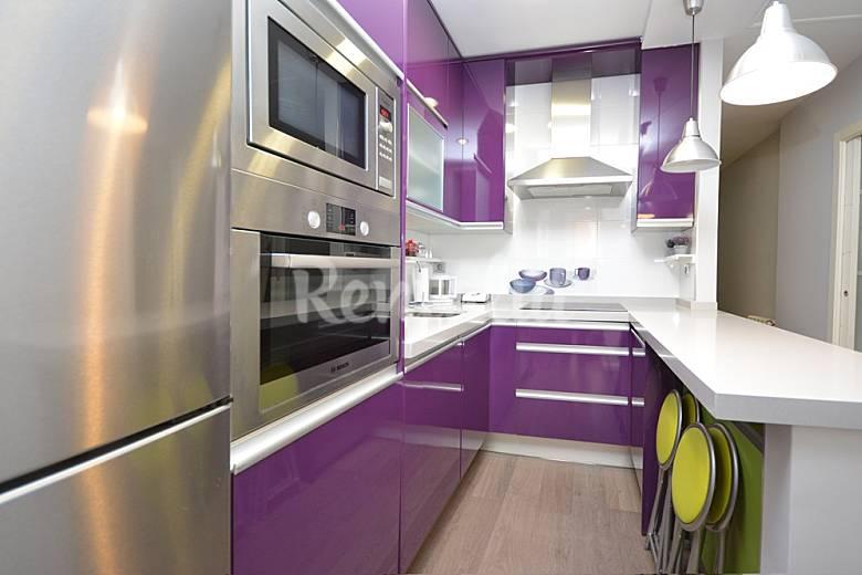 Apartamento para 4 personas en humera somosaguas prado del for Licencia apartamento turistico madrid