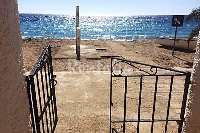 Apartamentos en Aguamarga. Primera linea de playa Almería