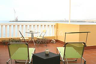 Apartment with 1 bedrooms on the beach front line Gran Canaria