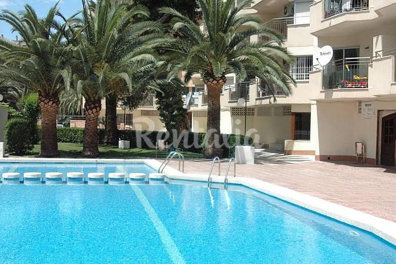 Apartamento para 6 personas a 400 m de la playa salou for Apartamentos jardin playa larga tarragona