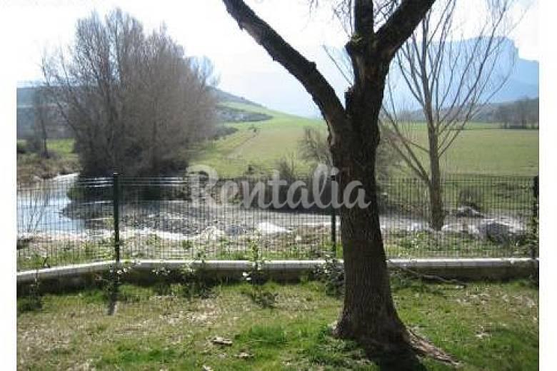 chalet Jardín Huesca Jaca casa