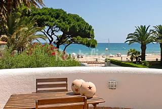 Villa con encanto en 1a línea de playa Tarragona
