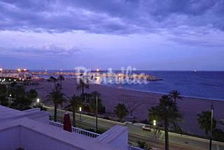 Precioso ático con terraza a pie de playa  Almería