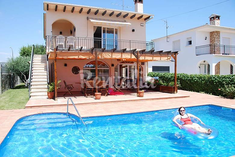 Casa en alquiler a 500 m de la playa creixell mar creixell tarragona costa dorada - Alquiler casa playa huelva ...