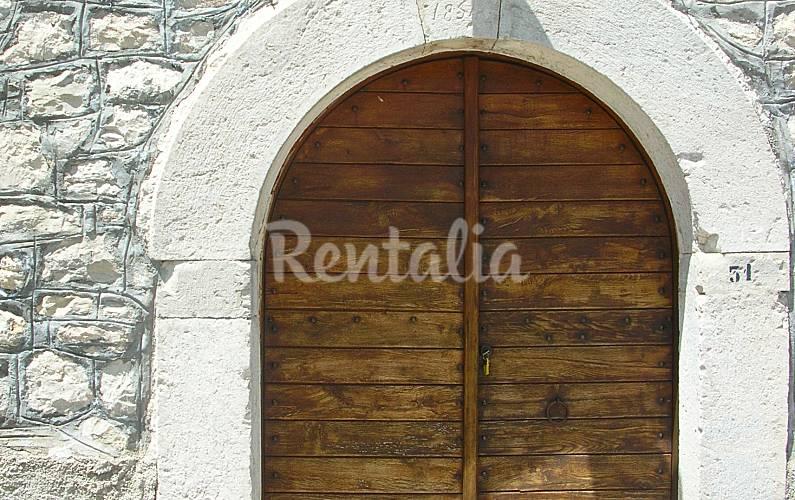 Acqua dei ranci forl del sannio isernia for Casa italia forli