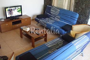 Retreat Living-room Pico Island Madalena Cottage