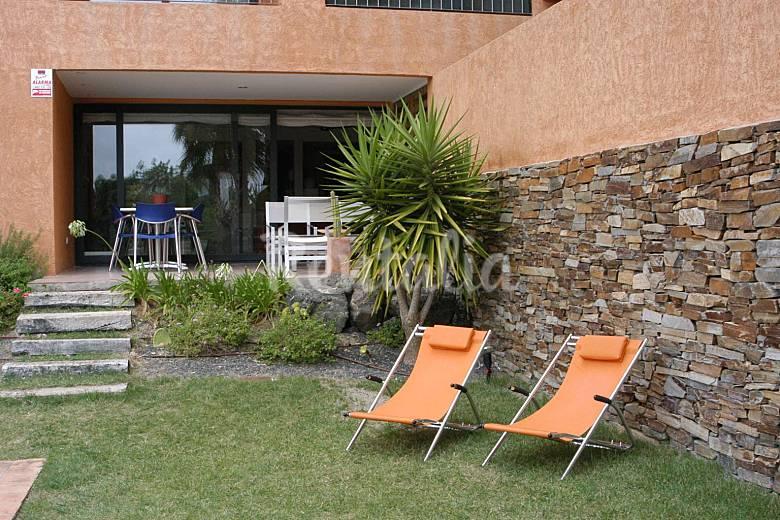 Casa 8 pers piscina y jard n en campo de golf vera for Casa ciudad jardin almeria
