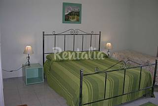 3 Apartments with terrace x 18 p. at 500M to sea Trapani
