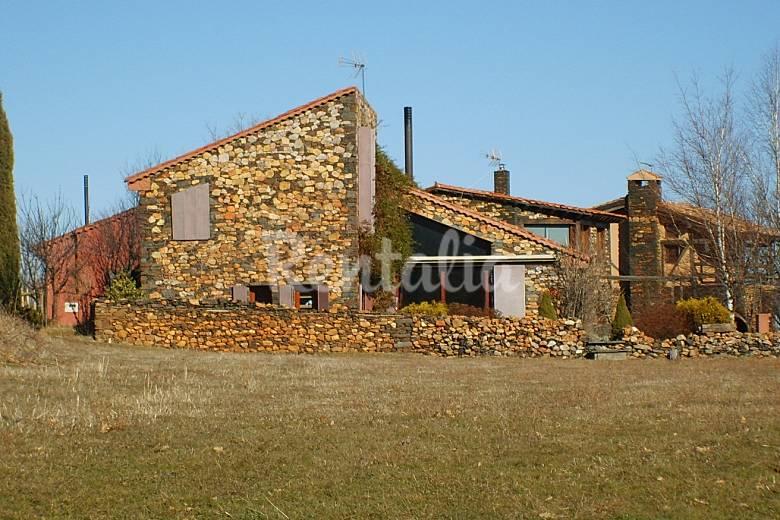 Casa del prado martin mu oz de ayllon riaza segovia pueblos rojos y negros de segovia - Casa rural riaza ...