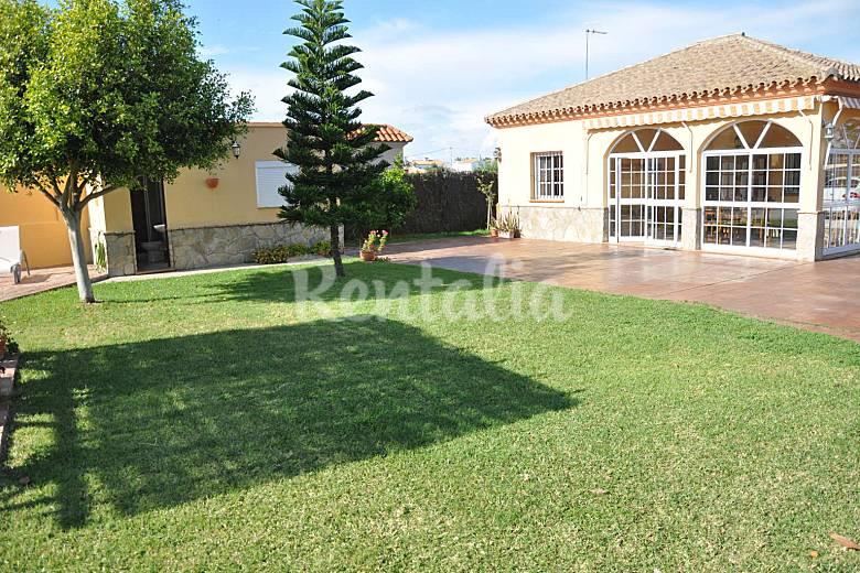 Casa con piscina cerca de la playa la jara sanl car de for Casas rurales en asturias con piscina y cerca dela playa