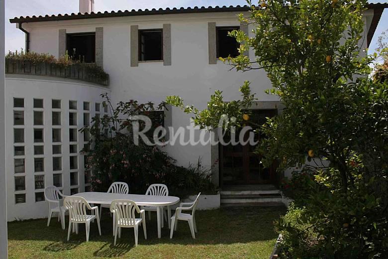 Villa en alquiler a 2.5 km de la playa Braga