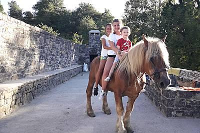 El Berañizu,Asturias, paseos a caballo Asturias