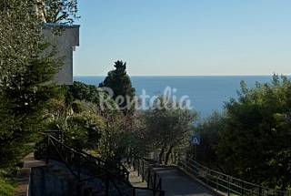 Apartment with 3 bedrooms 2.5 km from the beach Savona