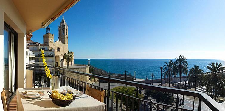 Alquiler vacaciones apartamentos y casas rurales en sitges barcelona - Alquiler casas rurales barcelona ...
