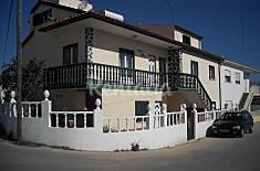 Casa de  8 pessoas à 1500 metros da praia Leiria